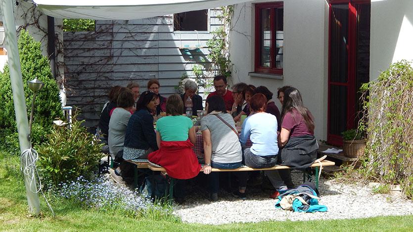 Gaestefuehrer-Gartenerlebnis-Bayern-Christine-Stedele-Herba-Licca-Garten-Slider-Pause