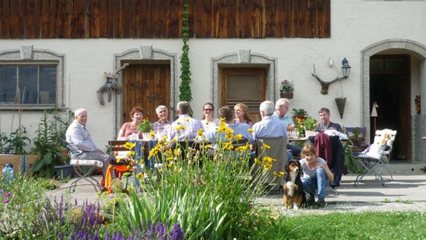 Gartenerlebnis-Bayern-Melanie-Kleider-Paradiesgarten-Gallerie-2-Gaeste