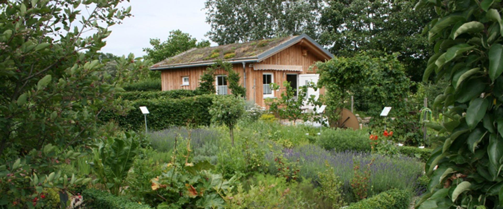 Gartenerlebnis-Bayern-Wolfgang-Settmacher-Krumm-Kreislehrgarten-Oberhaid